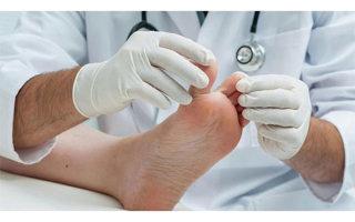 Причины боли и роста косточки на ноге и как вылечить воспаление