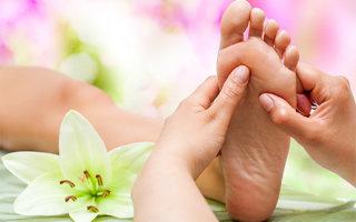 Шишка на стопе: причины появления и методы лечения