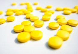 Лечение потливости ног фурацилином: эффективные рецепты и правила применения