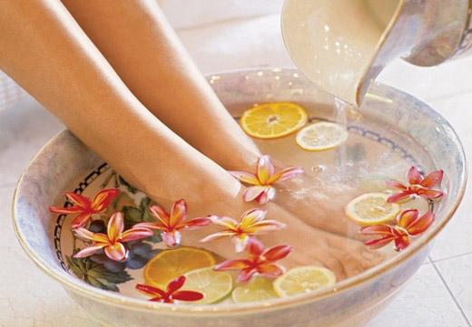 Ванночки для размягчения кожи ног